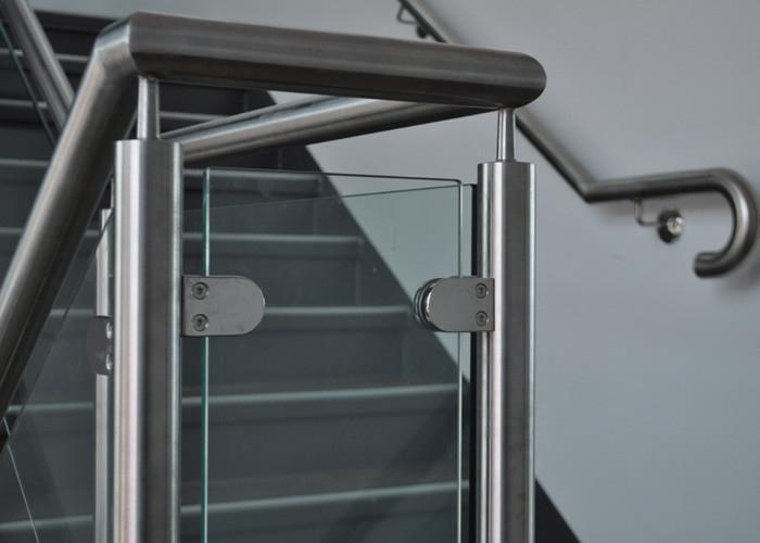Customized Design Glass Stair Railing Aesthetics Stainless Steel Glass Railing